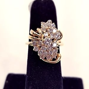 14KT Y/G Ring 1-15pt diamond + 23-5pt diamonds